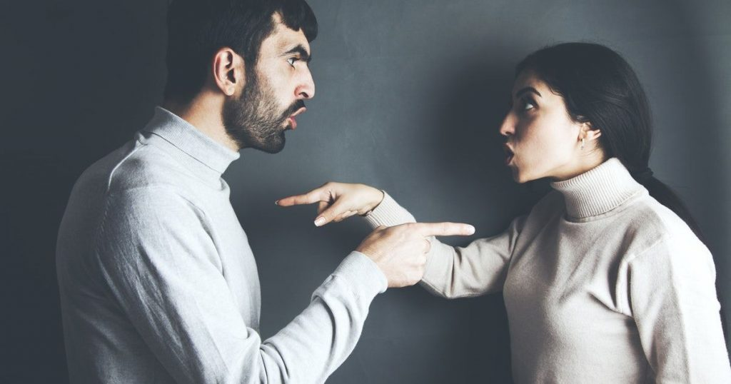 assumptions in relationship, tips to overcome assumptions